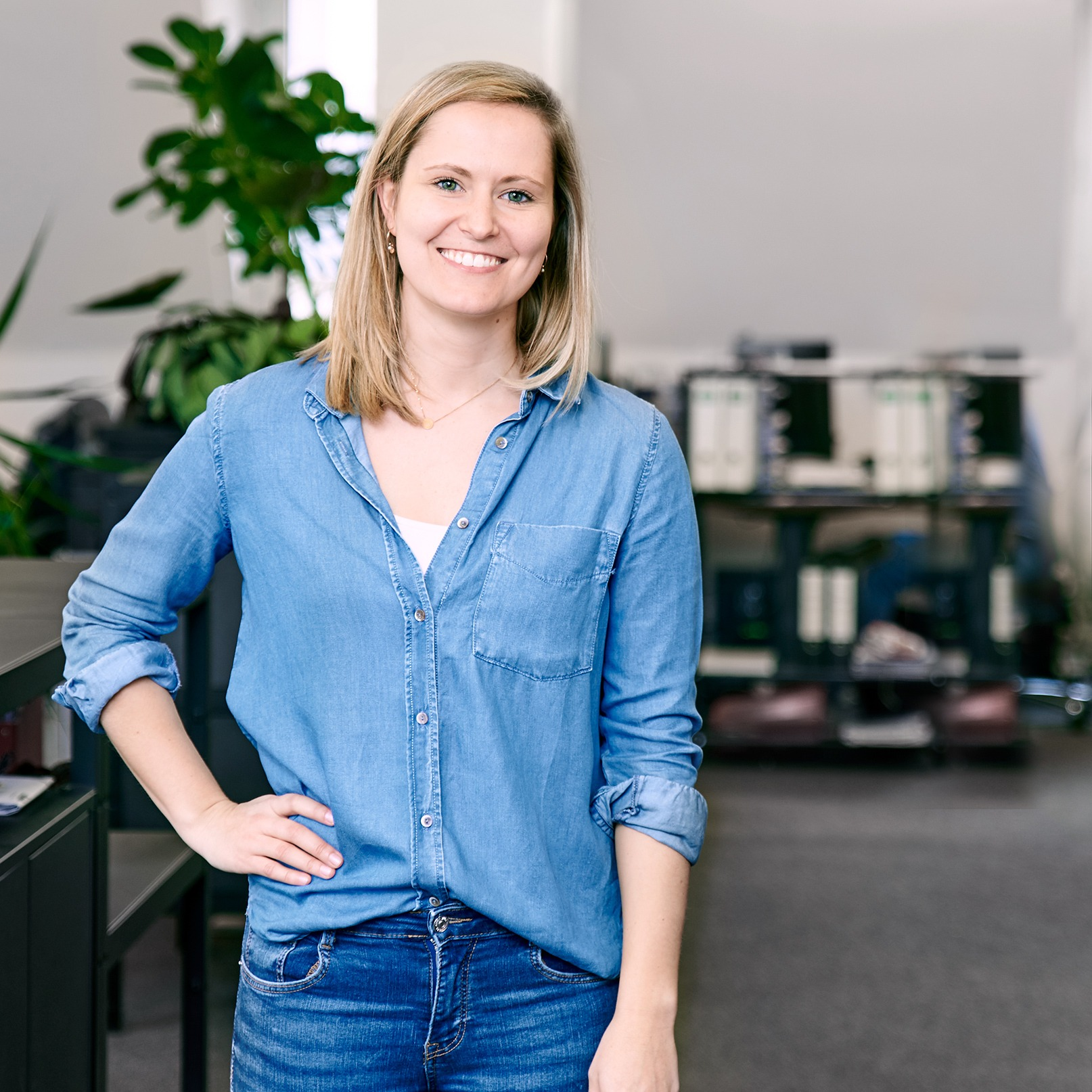 Portraitfotografie Businessfotografie straubmuellerstudios Frau ganz